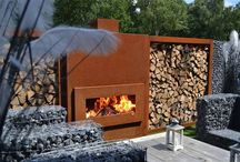 Outdoor fireplace / firepit