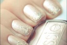 Beauty - Nails / Nail art, nail polish and trendy colors for your nails