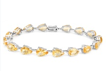 Bracelets / Tennis gold bracelets, diamond bracelets and name-brand designer bracelets for auction online.