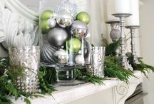 It's Beginning to Look A Lot Like Christmas / Christmas treats and eats, decor and more. / by Stacie Vaughan {SimplyStacie.net}