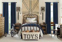 boys bedroom decor / by Mary Talton