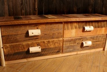 Bedroom Furniture / Rocky Top offers numerous log bedroom sets and furniture. Constructed from northern white cedar logs, each set is great for adding a rustic touch to any cabin, home, or lodge bedroom. Our sets feature one log bed, one nightstand, and one dresser.