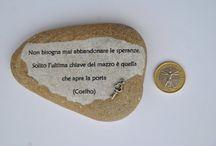 Comivi stones / Stones with aphorisms