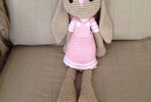 Conejita amigurumi  / Crochet