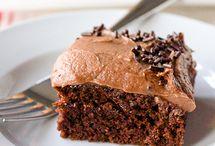 Cakes - Sheet cakes, pound cakes & simple cakes / by Annika Yerushalmy