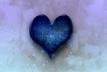 Hearts / by Lisa Saarie