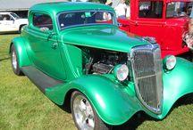 Amazing American Cars and Trucks / http://xeeme.com/DiegoAbelenda