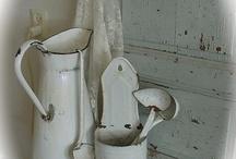 wall utensils