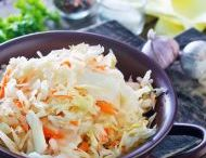 zeleninové a ovocné saláty