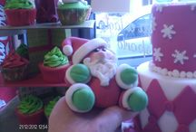 Christmas cakes and characters