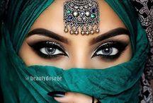 Make-up // Bollywood