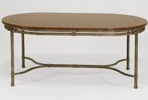 Oval Dining Tables / The best furniture begins with the best lumber. Oval dining tables are available in Western Alder, American Black Walnut, African Mahogany and oak from contemporary to traditional styles.