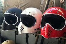 MOTO3 Helmet Custom / Color n Design by Request To see more Design go follow us on Instagram @doctorhelmet