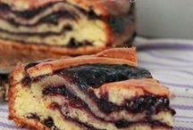 torta farcita con la marmellata