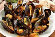 Sea food eat food
