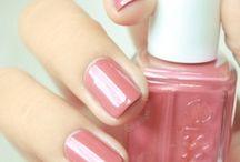 nail paints...!! <3