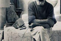 Ritratti di Artisti / Foto e ritratti degli artisti che hanno segnato e continuano a segnare la storia delle arti.