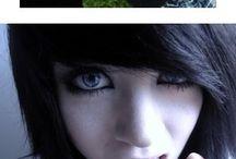 Emo/gothic girls / dievča ktoré má viac fotiek za sebou :)