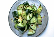 Cucumbers / Recipes that use cucumbers.