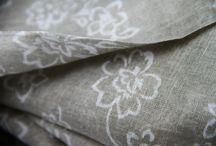 Fibre de coton / Pour tous savoir sur la fibre textile de coton. La fibre naturelle de coton. Cotton fibre textile fabric. La douceur, l'histoire, les origines et le tissage de la fibre de cotonnier naturelle.