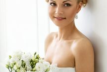Wedding Bouquets / Different types of wedding bouquets:Round, Pageant, Cascade, Nosegay, Pomander, Posy and other bouquets.
