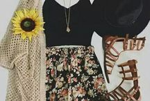 Summer outfits / Summer ends soon, better start wearing all your summer clothes now so here are some ways you can style them!