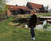 Kim's house & garden