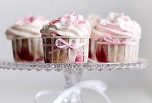  Cupcakes, Cakes, Pies & Tarts   / I adore anything to do with cupcakes...  / by Laureen {Moon Goddess Earth}
