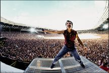 Bruce Springsteen - In The Crowd I Feel At Home