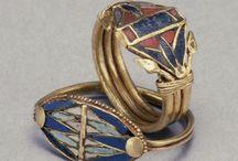 Egyptomanie & goût pour l'Orient Antique / néo-égyptien, babylonien, assyrien...momies, sphinx, Isis, Osiris, Cléopâtre...
