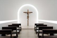 csend / A csend a bennünk élő Isten csendes jelenlétével való személyes és bensőséges találkozás útja.