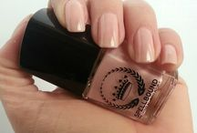 {Nail Polish} / The best in nail polish and art