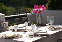 CENAS Y COMIDAS DE EMPRESA EN MARBELLA / Organizamos cenas y comidas de empresa en Marbella, con deliciosos menús y precios muy asequibles. Disponemos de terraza exterior con vistas y comedor privado.