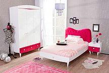 Παιδικό δωμάτιο για κορίτσια RUBY / Ένα από τα ωραιότερα παιδικό δωμάτια για κορίτσια η σειρά (RUBY)  ρουμπίνι με αποχρώσεις κόκκινες στο χρώμα του ρουμπινιού συνδυασμένο με το λευκό, σου προσφέρουν την ηρεμία και την χαλάρωση που αναζητάει κάθε παιδί όταν βρίσκεται στον χώρο του.