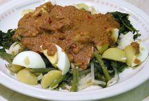 INDONESIAN SALAD! Gado Gado / This board contains picture of Gado Gado, a traditional food from Indonesia.