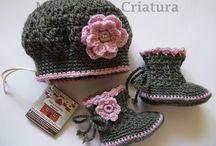 Uncinetto scarpette e cappellini
