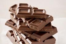 Ihana suklaa / Tunnelmallisia suklaa aiheisia kuvia. Suussa sulavia herkkuja.