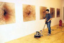 """Ojo de culo / Un museo se atreve a mostrar una exposición titulada """"ojo de culo"""" muy atrevida. ¿Lo visitarías?"""