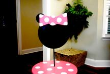 CUPCAKE STANDS BY ERIC / CUSTOM MADE CUPCAKE STANDS MADE BY MY HUBBY AND MYSELF. / by Autumn Brown