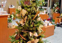 Unique Flowers / Suntem incantati sa va anuntam ca noul concept store Unique Flowers s-a deschis. Un magazin altfel, combinand ideea de florarie, cu cea de magazin de delicatese din care puteti cumpara, pe langa un cadou inedit si o sticla speciala cu vin, specialitati pe baza de trufe sau o carte.  Va asteptam cu drag. Str. Sevastopol nr. 24 sector 1 Bucuresti