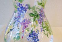 Brady Gurl painted vases