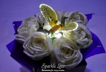 Sparkle Lite Bumble Bees / Sparkle Lite Bumble Bees are fun, whimsical little fellows that look so sweet atop floral and balloon arrangements.