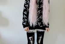 CreepyCute, Nu Goth, Bubblegoth, Cyber, Grunge & Pastel Goth Fashions / When make the cute creepy and the creepy cute becomes an art.  A blend of dark themes with childish theme. Dark and Light.
