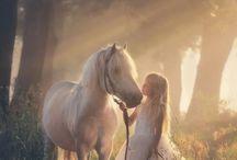 MAGIA... / Fantasia, uma magia, um momento um sonho. A magia lhe dá direitos de sonhar, viajar ao melhor da vida. Momentos únicos. de cada um. Exclusivos!