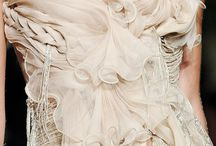 Dreamy Gowns / by Deirdre Hale