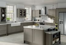 Classic kitchens / Classic & traditional kitchen styles