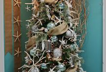Christmas Tree Decorations / See Christmas Tree Decorating Themes & Supplies. All The Ingredients You Need For A Gorgeous Tree.