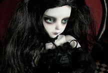 muñecas / by kiki Tere