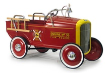 Old Toys / Classic, traditional and vintage toys from the 20th century. / by SimplyEighties.com