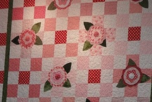 girl quilts / by Suzanne Dove-Slama